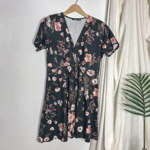Boohoo Black Floral Mini Dress Fit & Flare Wrap